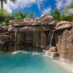 Büyük düşler özel yüzme havuzu